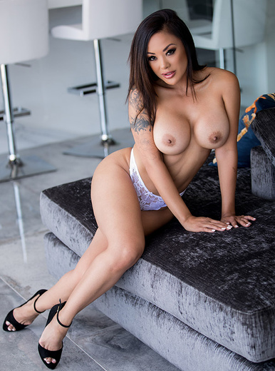 Kaylani Lei - XXX Pornstar